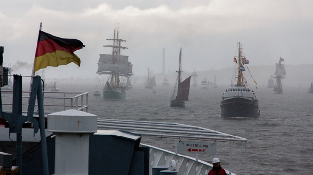 Hamburg Harbor Celebrates its 825th Birthday